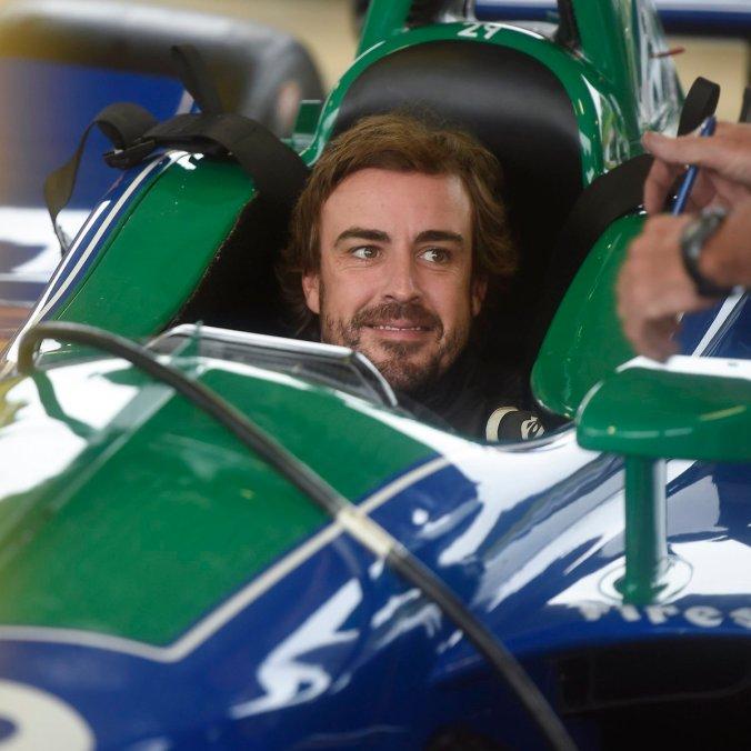 @McLaren Indy 2