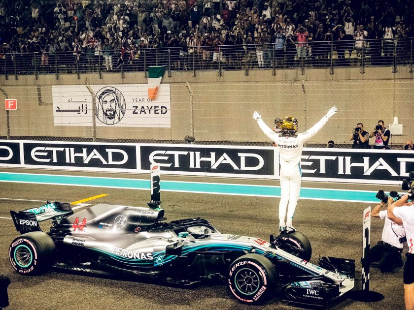 Pole @Mercedes.jpg