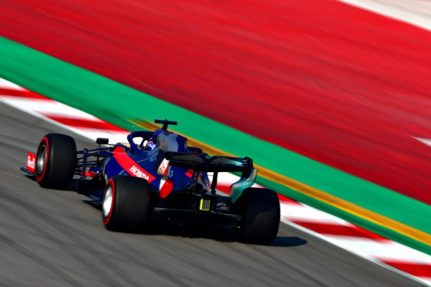 Toro Rosso - Albon 001 - @Toro Rosso.jpg